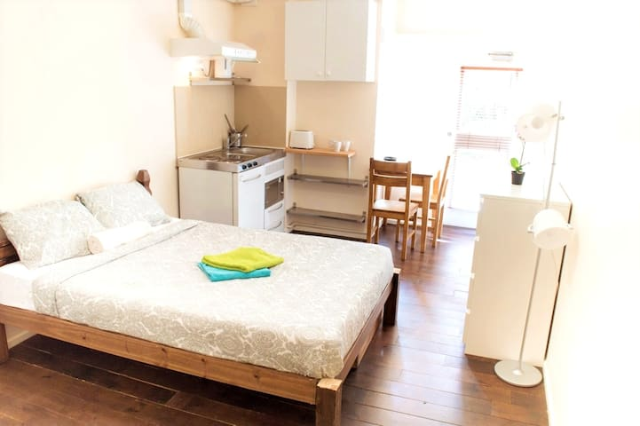 Apartment with private bathroom and kitchenette