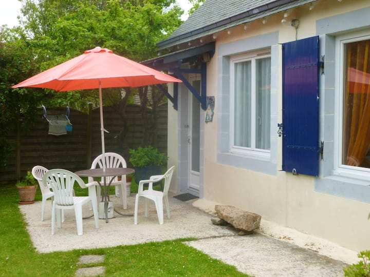 House with one bedroom in Plougasnou, with enclosed garden and WiFi