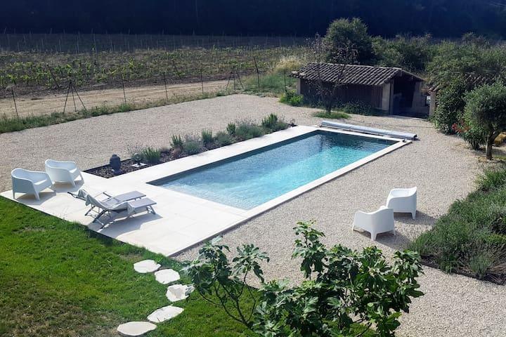 #Au Pied des Vignes, in the heart of Luberon