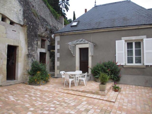 Pavillon des Roses - Nazelles near AMBOISE - Nazelles-Négron - Hus