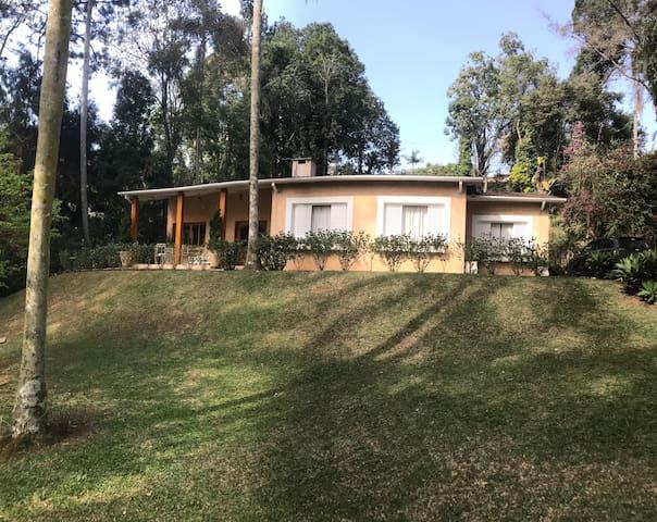 Casa de Campo em Ibiúna Cond. Veleiros TOP Seguro.