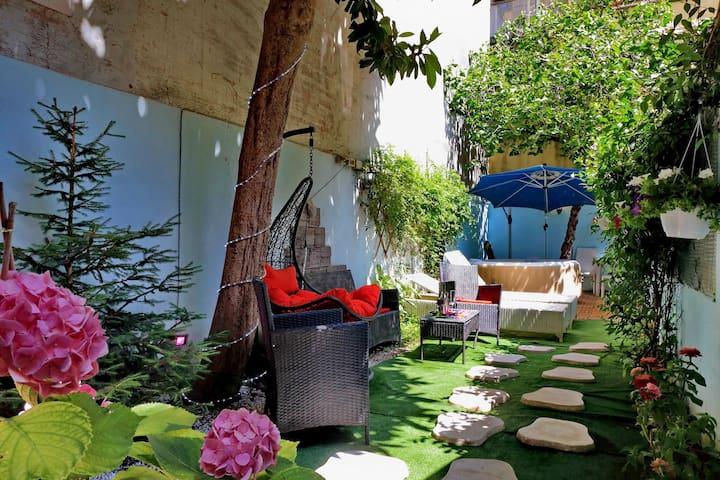 Luxury Domus Villa Rome center