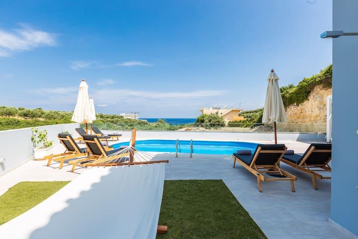 Nikiforos Villa, coastal retreat!