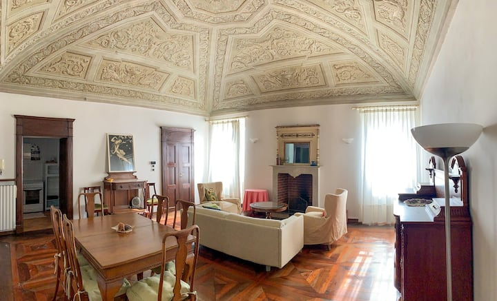 Santa Maria della Scala Wonderful Apartment!
