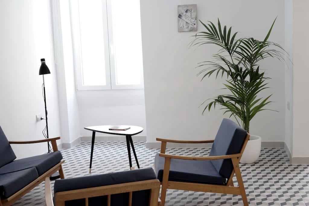 valletta central suite appartements louer la valette malte. Black Bedroom Furniture Sets. Home Design Ideas