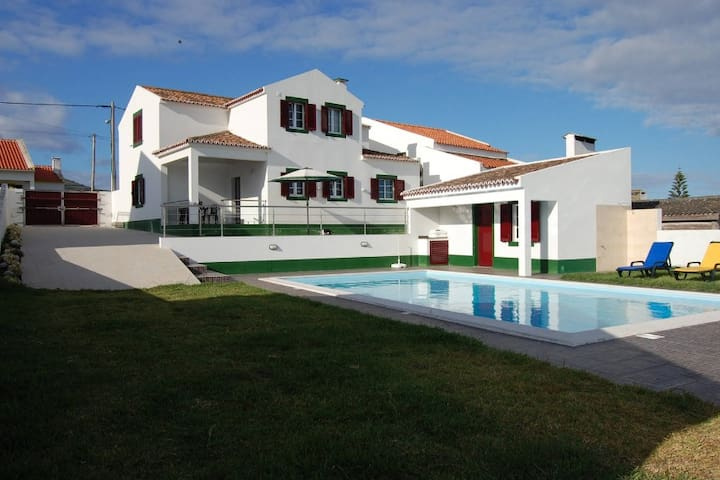Casa Mateus - Mosteiros - Ev