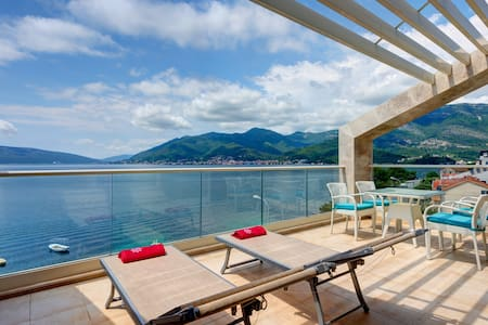Sunny apartment with perfect view near beach