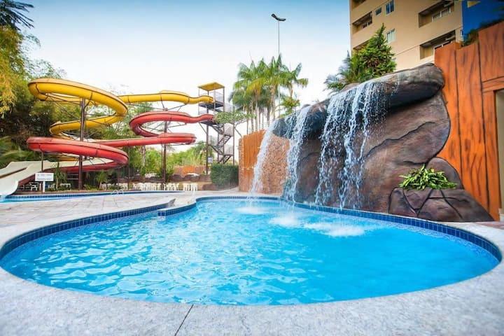 Ótimo Apartamento em Caldas Novas - Golden Dolphin