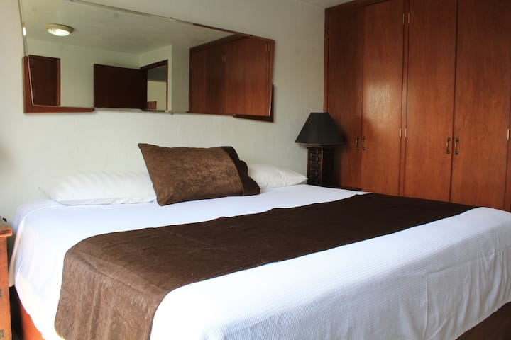 DELUXE SUITE - DOWNTOWN QUERETARO