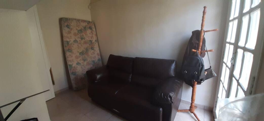 Quarto hospede / home-office
