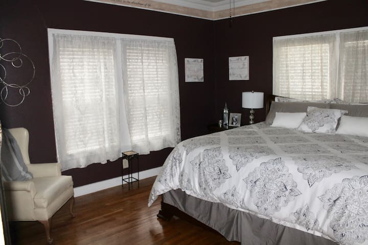 Front bedroom with king size bed