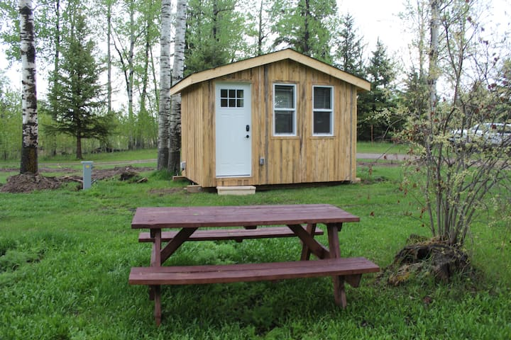 Cozy Glamping Cabin at Whitewood campground