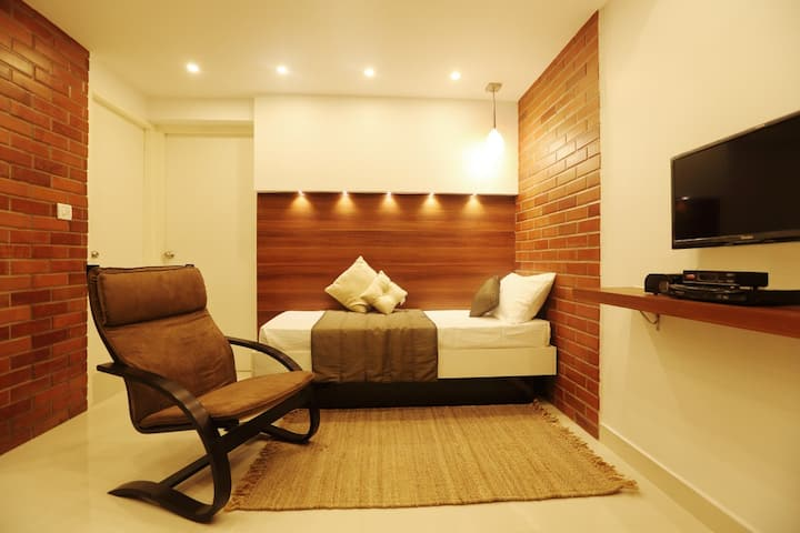 Fully furnished modern studio apartment 304