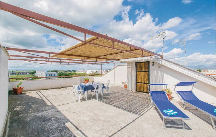 Holiday apartment with 2 bedrooms on 60m² in Scalo dei Saraceni