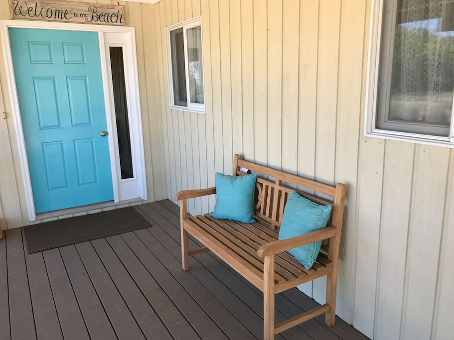 Welcome to the beach - Front porch