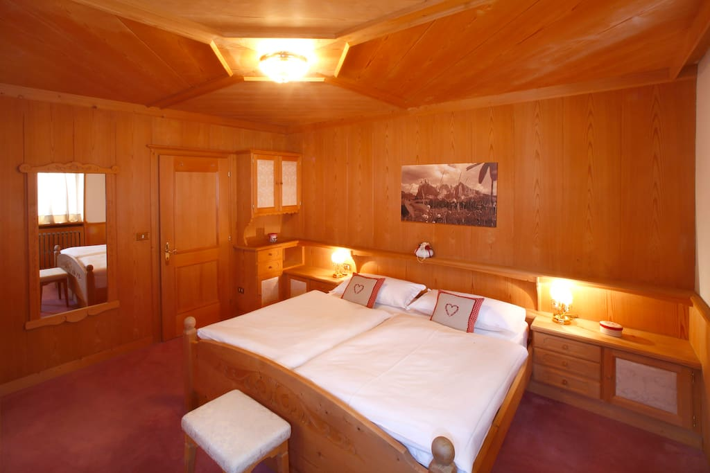Double Room - Doppelbett - Letto Matrimoniale