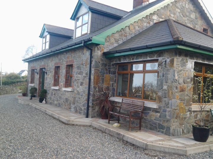 Carlingford's  Hill Top Cottage