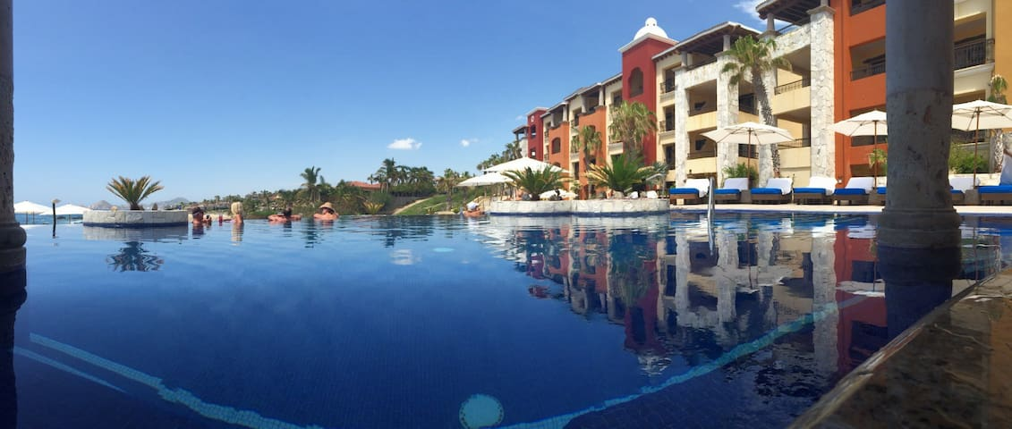 """<span style=""""font-size: 16px; font-weight: 700; text-align: start; white-space: normal;"""">Family 2BD-Cabo San Lucas</span>"""