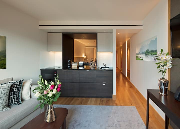 Superior Suite Room with Kitchen