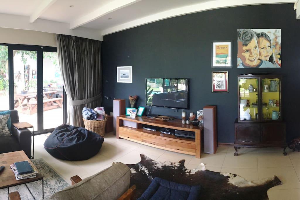 TV Lounge - Full DSTV and surround sound