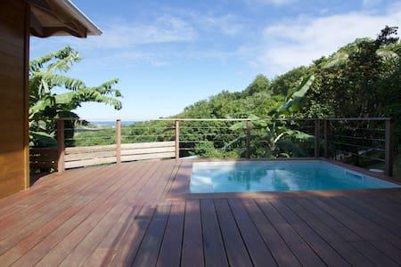 Charmante maison bois avec vue mer - Ház