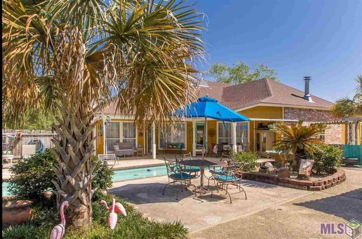 Relaxing, Convenient, Comfortable 3 BR House
