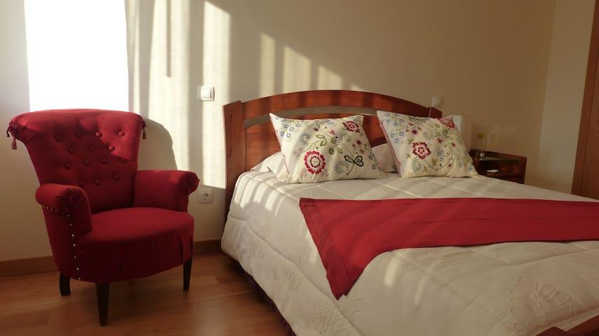 Room in Villa by the Sea near Porto