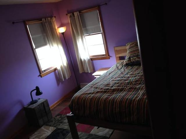 Furnished Room In Large Shared House Available
