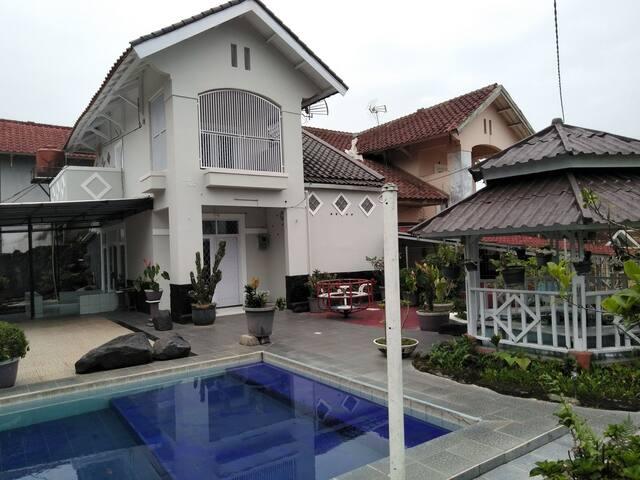 Villa murah 3 kamar private pool