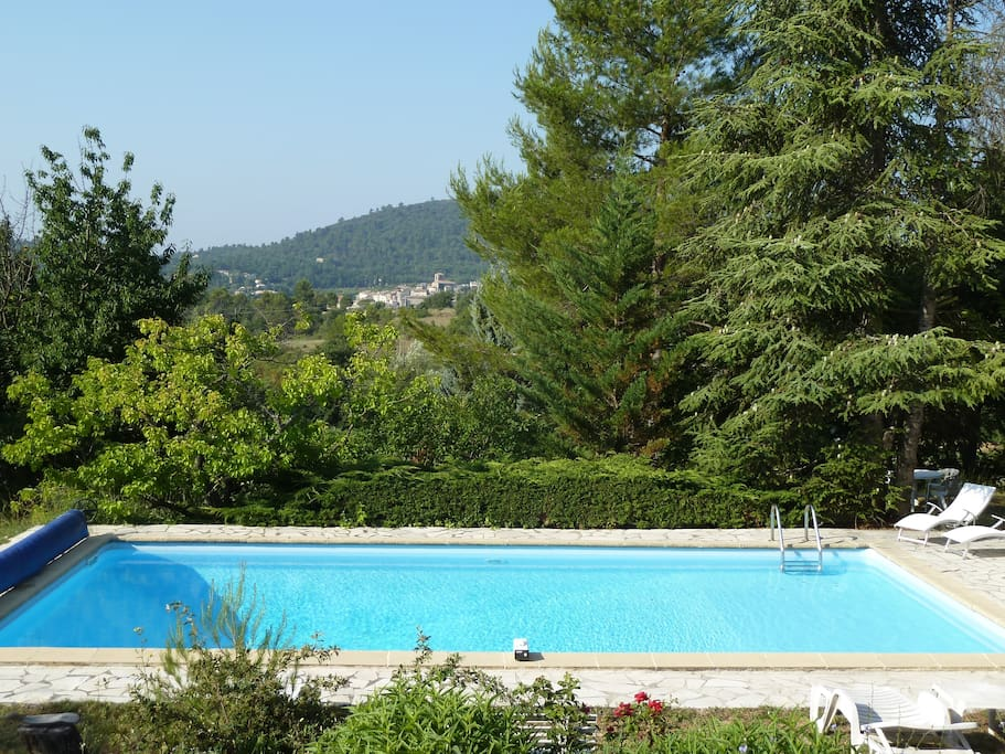 Villa avec piscine sud luberon maisons louer pertuis for Villa piscine sud france