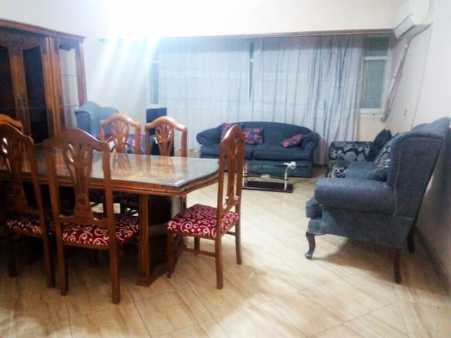 Cozy 3 BD flat infront of Holiday Inn City Stars - Nasr City - Pis