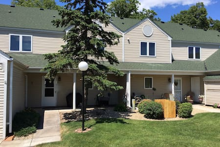 Townhome on Mille Lacs - Onamia - Rivitalo