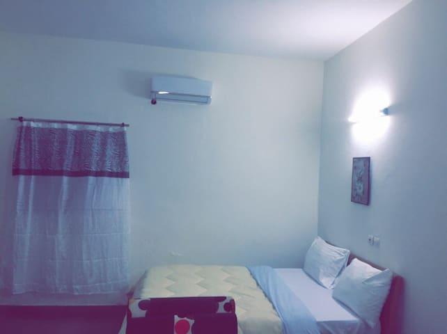 Hello meublé vous accueil dans la simplicités