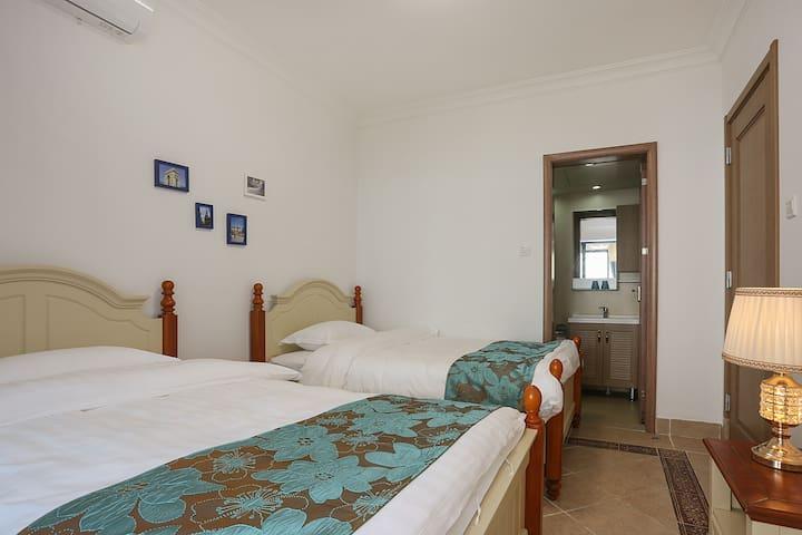 卧室,1.2米床两张,带独立卫生间