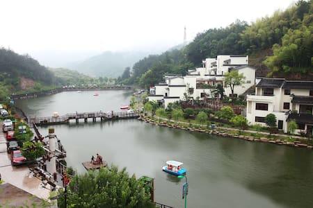 入住青青客栈,品味乡间诗意生活 - 浙江省金华市