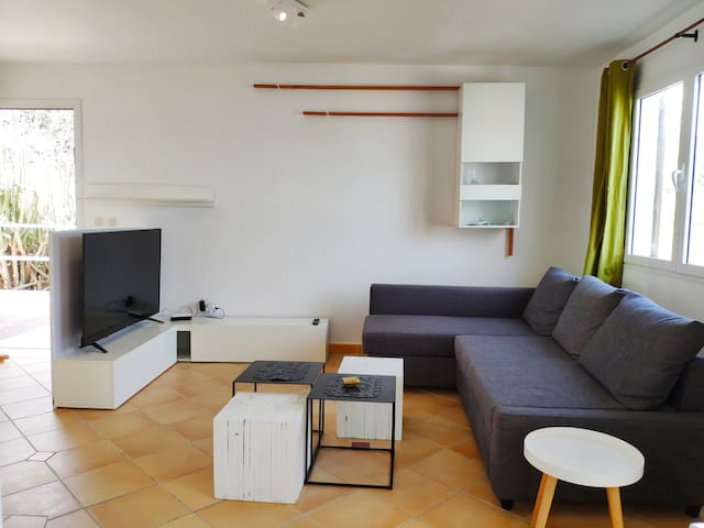 Appartement 1 bedroom close to Orient Bay beach