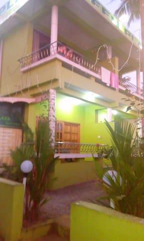 Green Plaza Beach Resort - Thiruvananthapuram - Lejlighed
