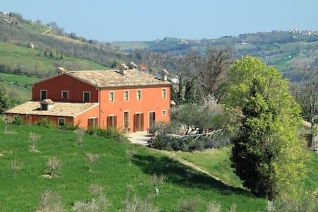 Il Martelletto, un oasi per il corpo e la mente - Serra San Quirico - エコロッジ