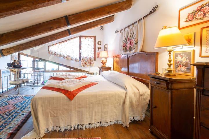 Loft borgo medievale per 5 (Vetralla, VT)