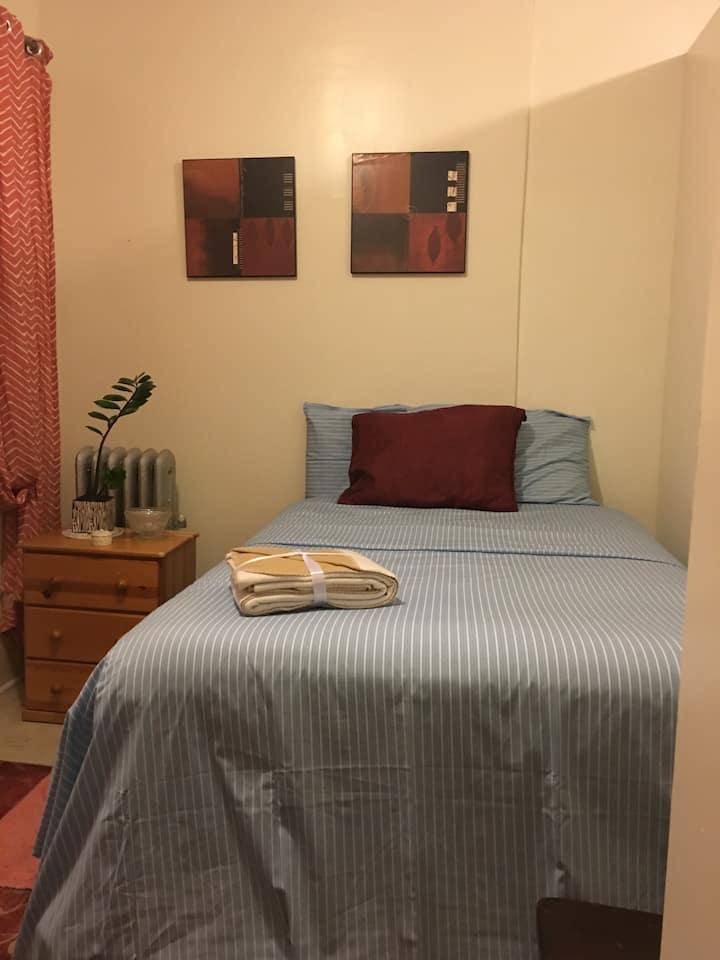 Private Room By St. Barnabas Hospital/Fordham U!