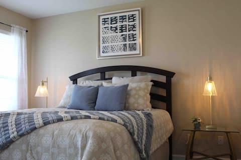 POPS PLACE - Maryville double suite w/ garage