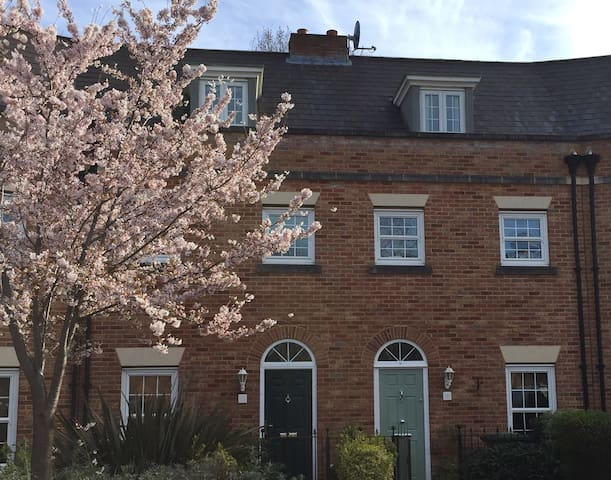 Lovely, family-friendly Norfolk townhouse - Downham Market - บ้าน