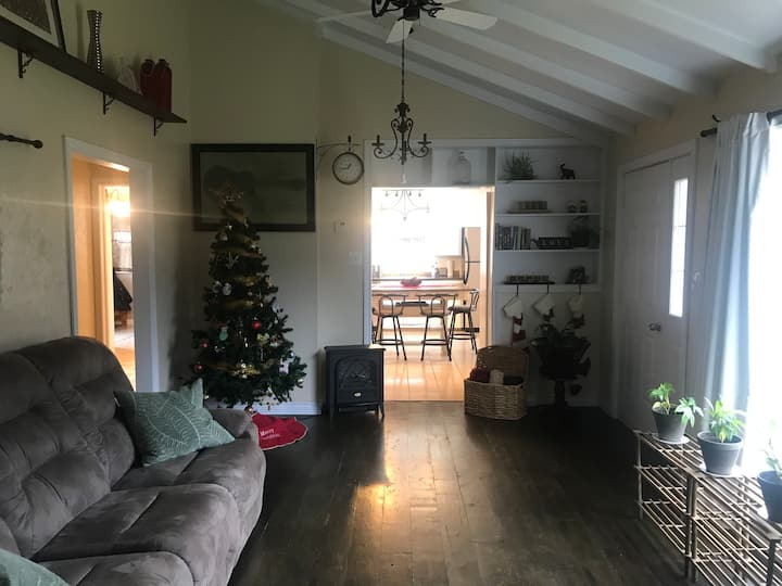 Charming country home minutes from PEI's beaches