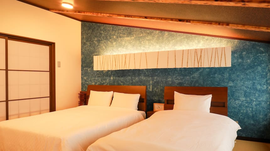 Our guesthouse has renovated from the old tea house which lasted more than 127years.
