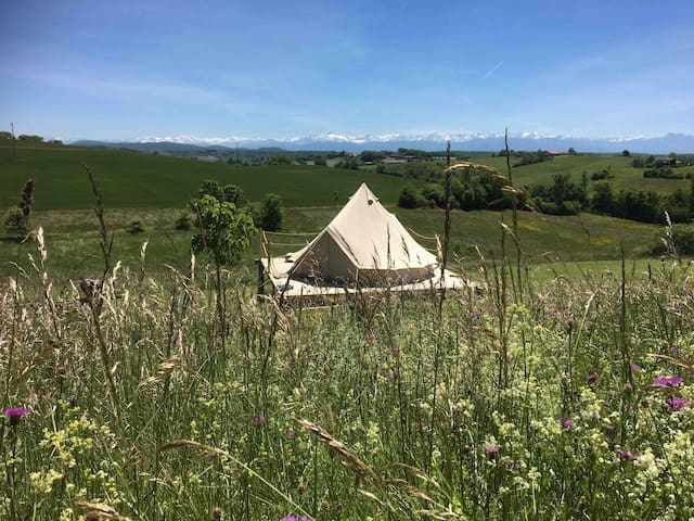 """Eco camping (glamping) """"Aux pieds nus"""" (insolite)"""