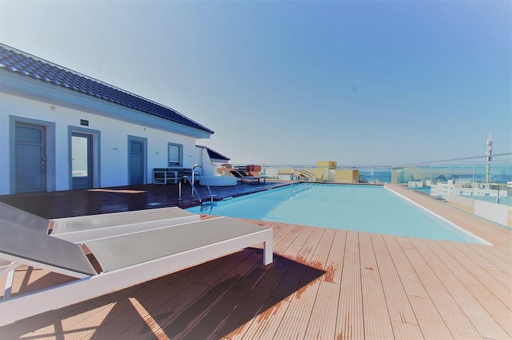 Apartamento Ventura with Rooftop Swimming Pool