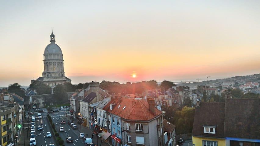 APPARTEMENT VUE PANORAMIQUE CATHEDRALE ET MER - Boulogne-sur-Mer - Departamento