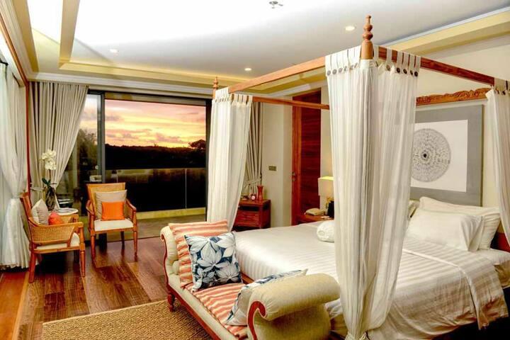 3 BR Private Villa Dreamland. 3 min from beach.