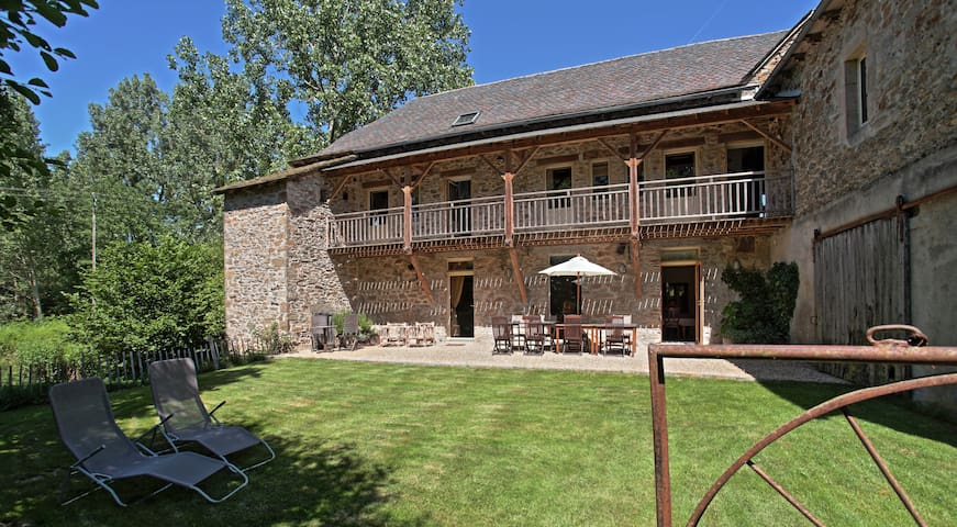 Moulin de Limayrac, B&B (watermill)