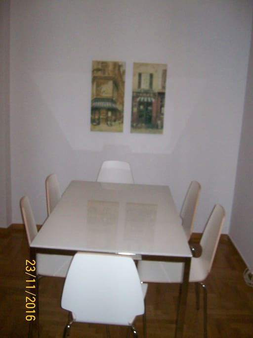 Dinning table for six